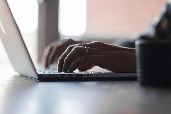 Opłacanie rachunków przez Internet- czy jest to w stu procentach bezpieczne?